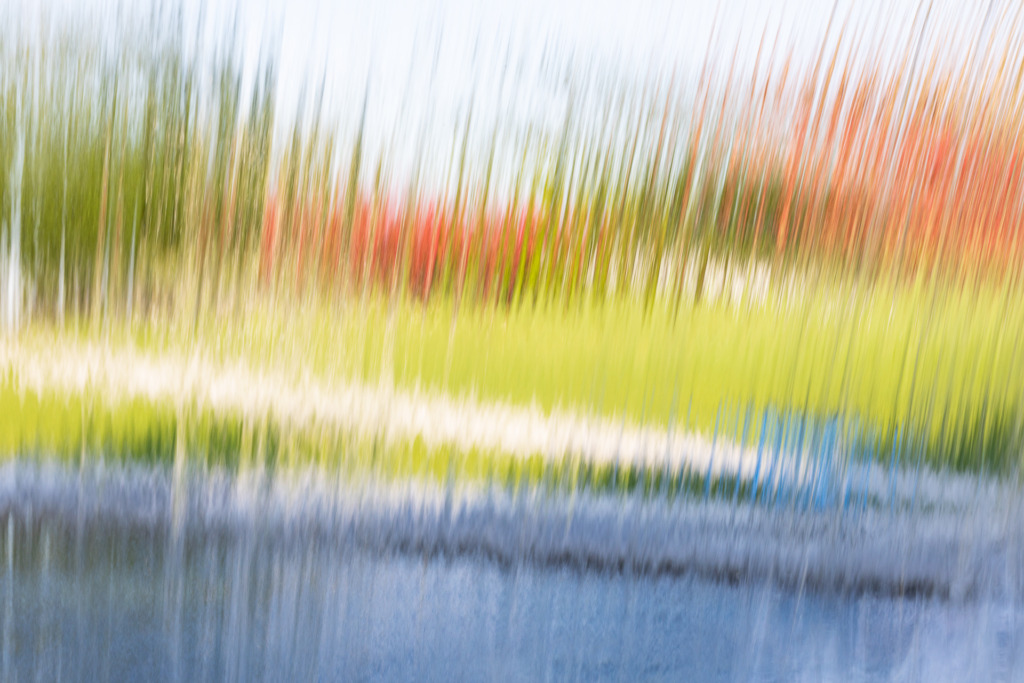 Looking through the waterfall can improve your photos with colorful motion blur