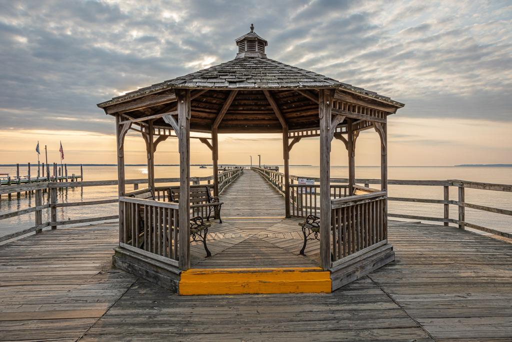 travel again to see Colonial Beach Municipal Pier